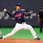 Tokuyama pitched 4 innings of no-hit ball until he pulled a Yoshinori.